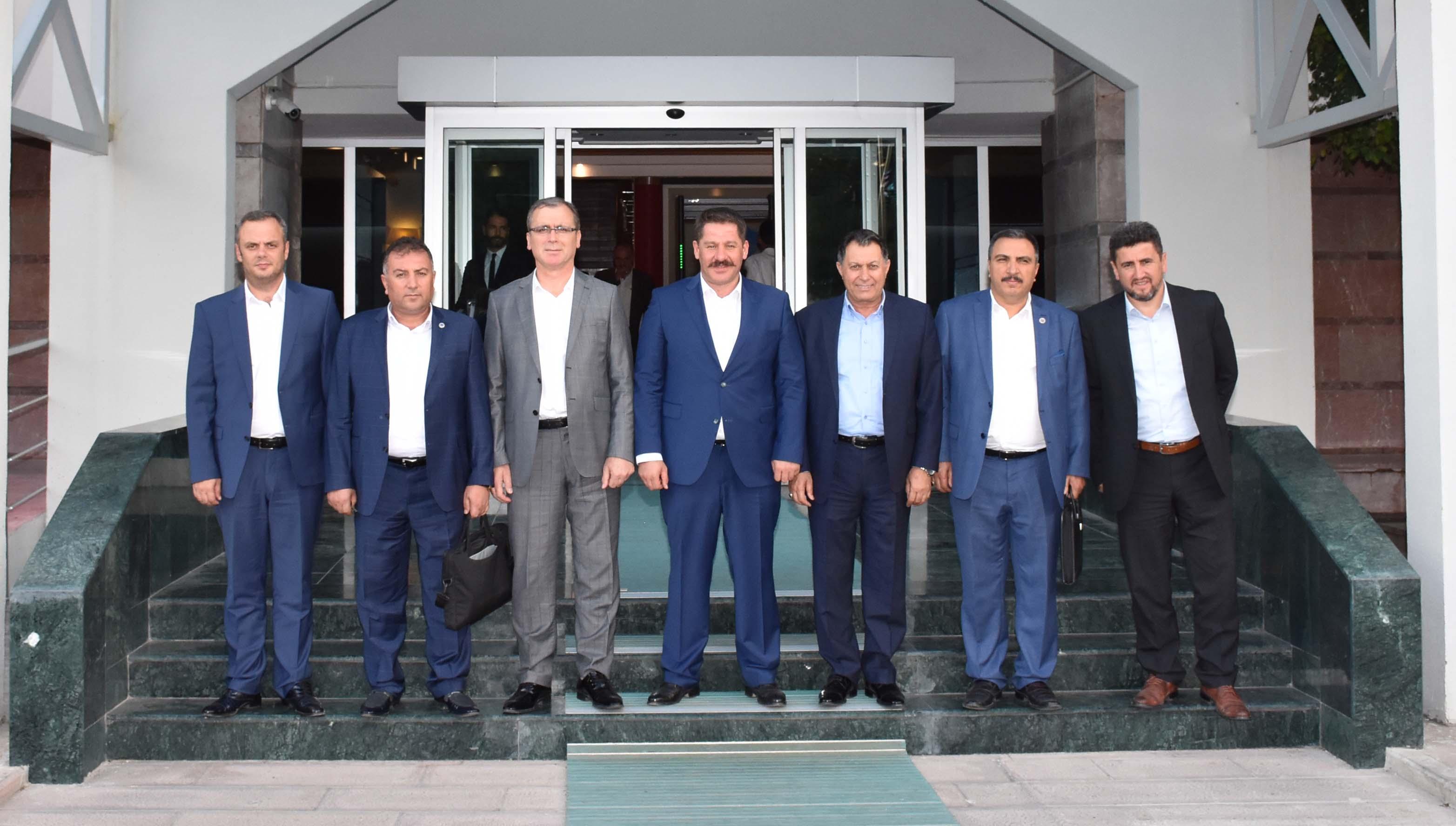 Hizmet Kolu Tekliflerimiz Bakan Sarıeroğlu Başkanlığındaki Heyetle Müzakere Edildi