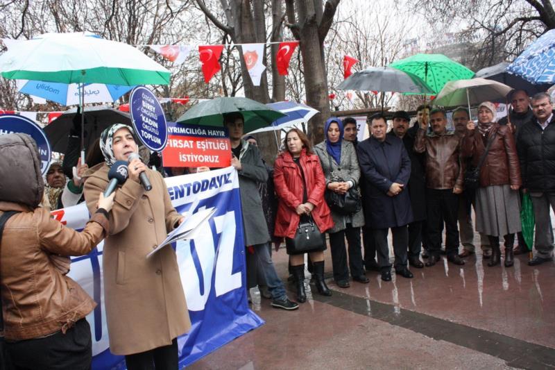 'Memur-Sen'li Kadınlar 8 Mart'da Meydanlara İndi