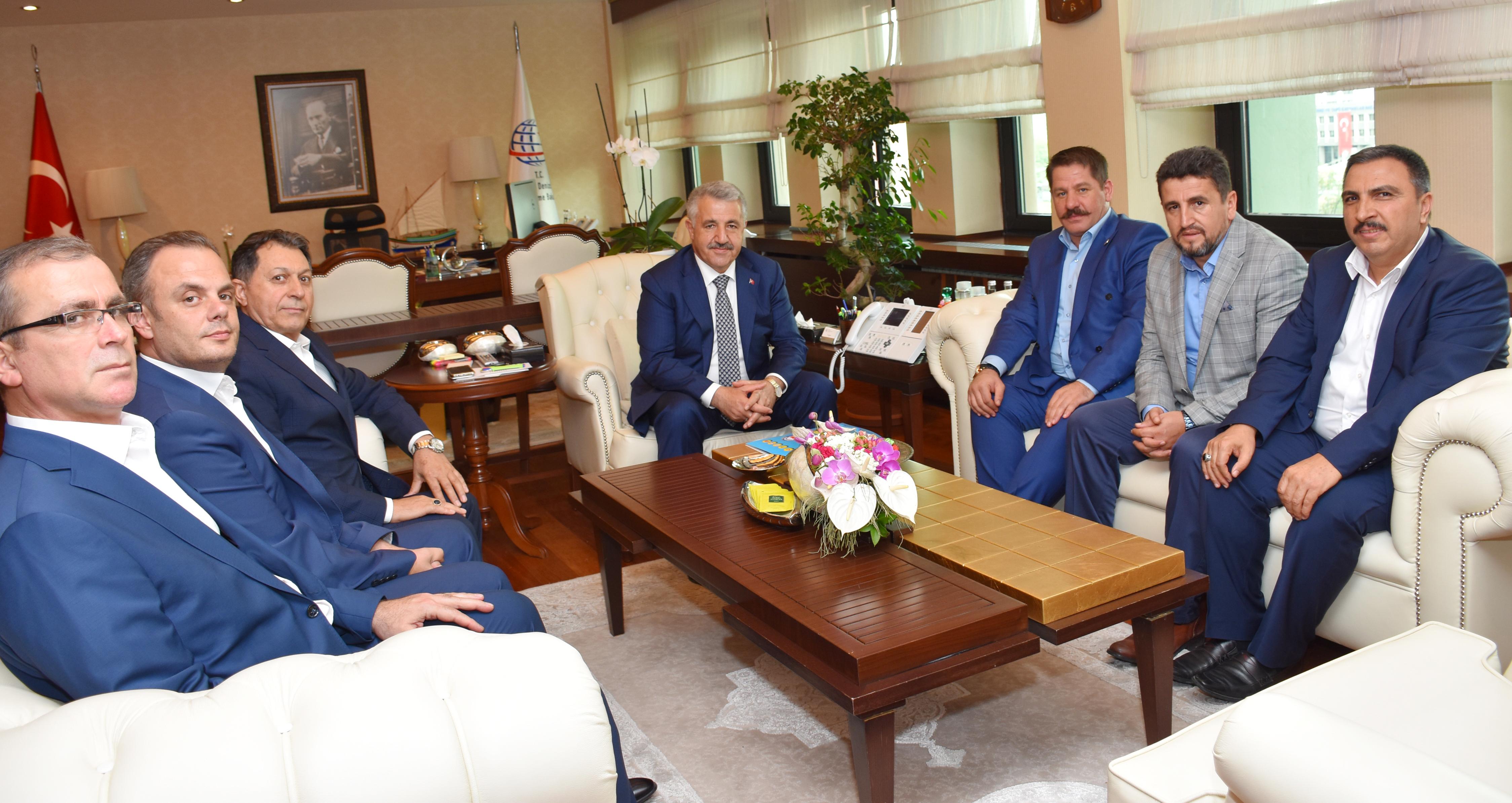 Başkanlarımız Ulaştırma, Denizcilik ve Haberleşme Bakanı Arslan'ı Ziyaret Ettiler