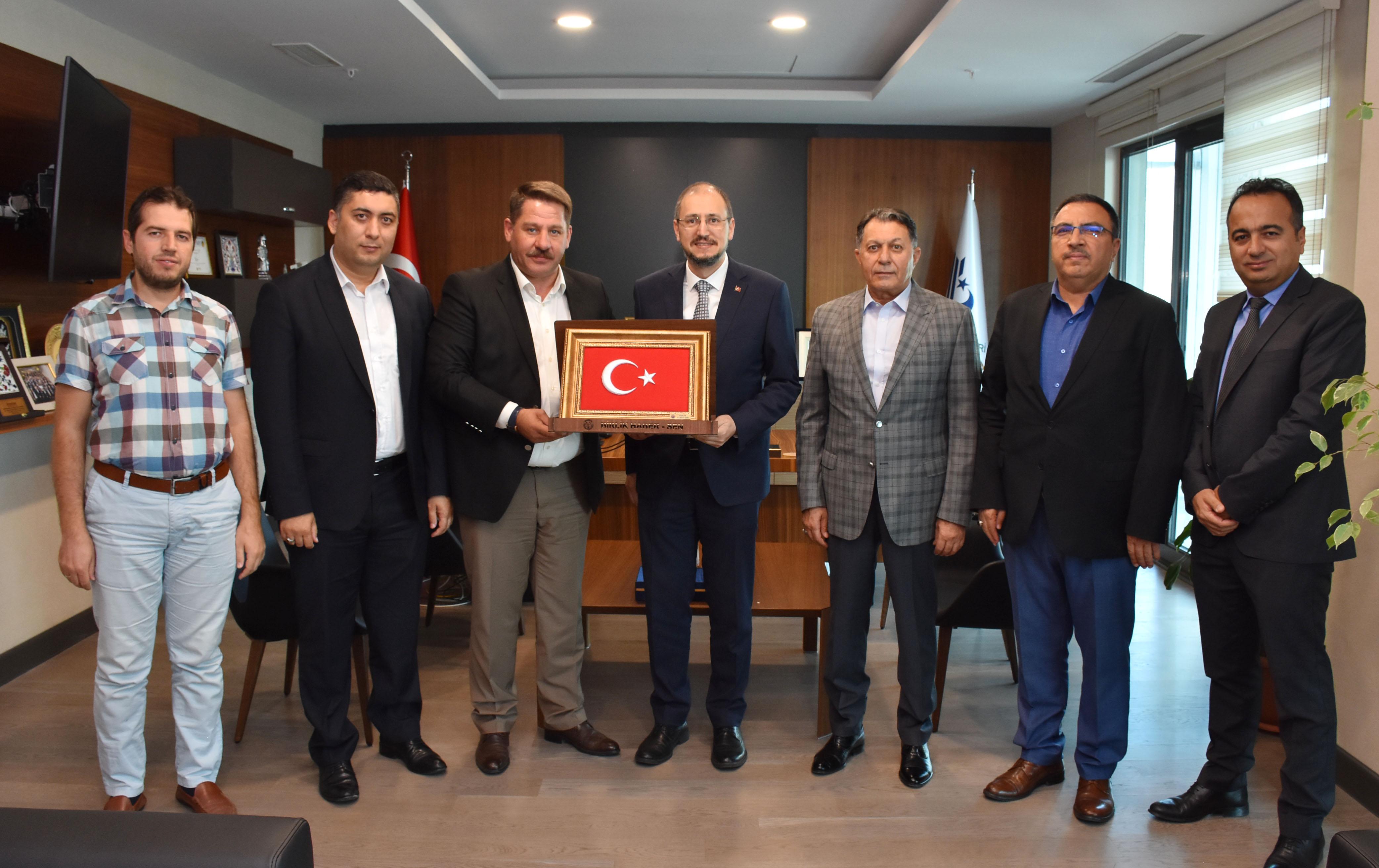 Birlik Haber-Sen'den BTK Başkanı Karagözoğlu'na Ziyaret