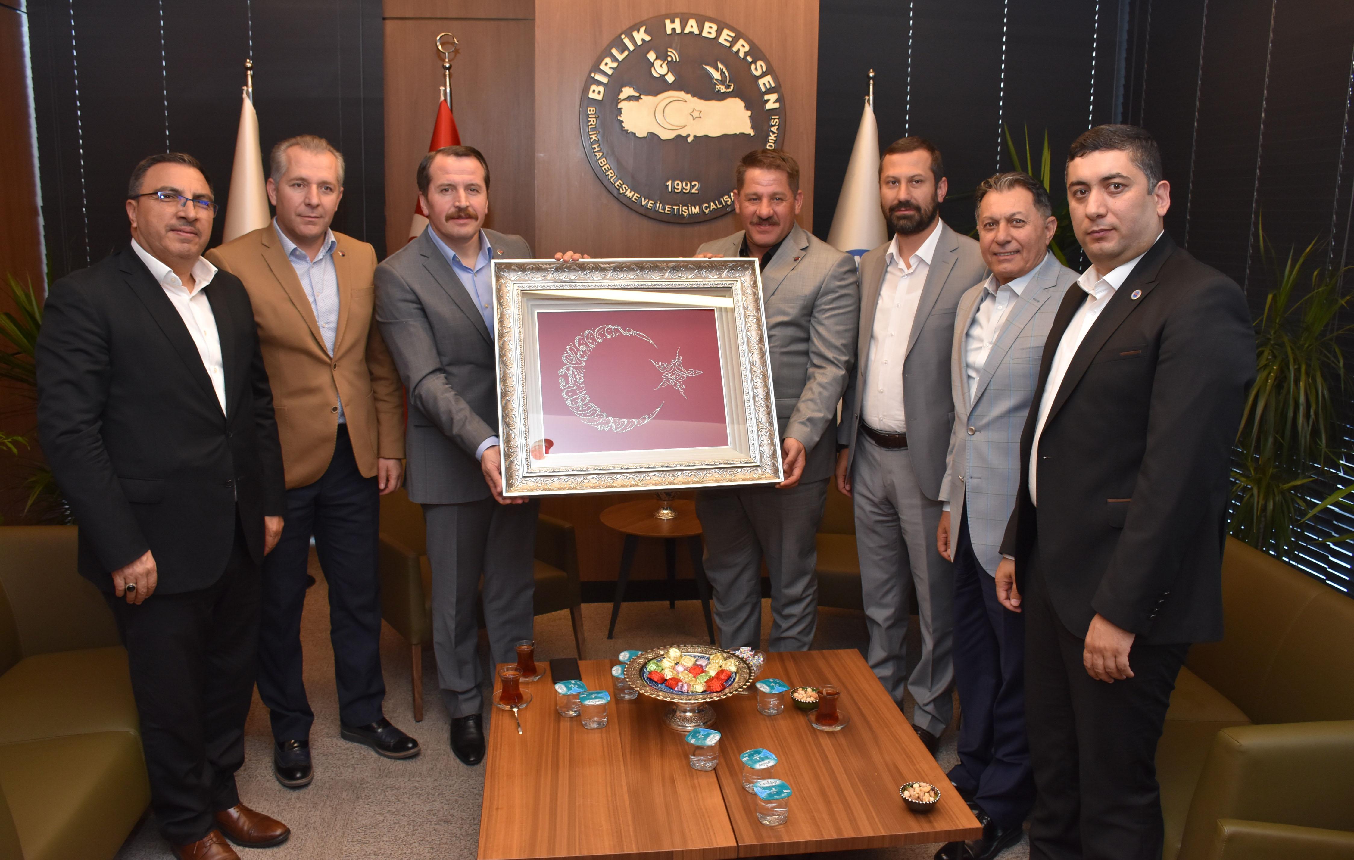 Memur-Sen Genel Başkanı Yalçın'dan Birlik Haber-Sen'e Hayırlı Olsun Ziyareti